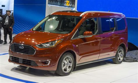 ford transit wagon 2018 chicago auto show photo highlights autonxt