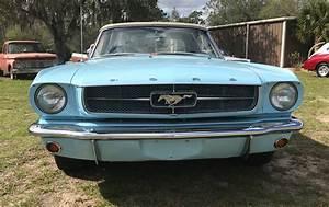 Bullitt Classic Cars | 1964 1/2 Ford Mustang Convertible - Bullitt Classic Cars