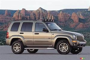 Nearly 50 000 Dodge Viper  Jeep Grand Cherokee And Liberty