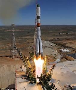 Russian spacecraft hurtling towards Earth set to crash in ...