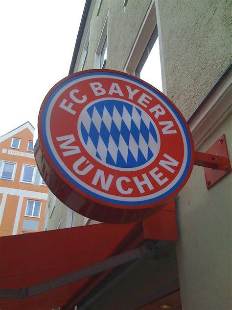 Image for bayern munich fc logo 2015 hd iphone 6 wallpaper. FC Bayern München logo | FC Bayern München logo /Fan Shop | Flickr
