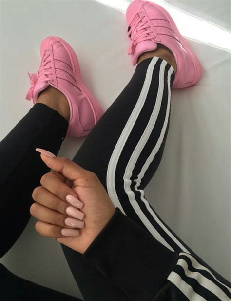 Fashionstyleootdoutfitblackadidasshoessuperstarlegsbodynailspink | We Heart It ...