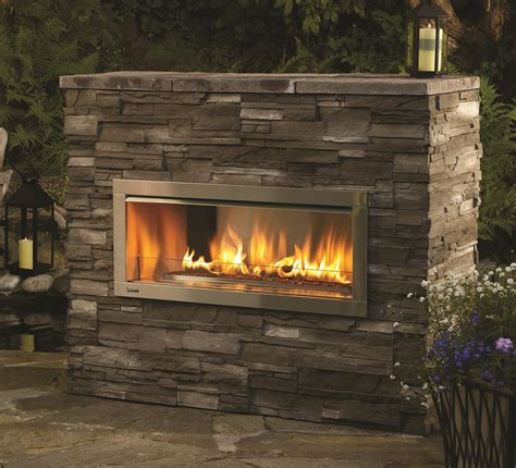 gas outdoor fireplace outdoor gas fireplaces horizon hzo42 kastle fireplace