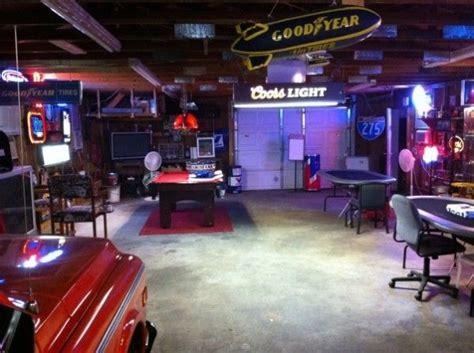 Decorating Ideas Garages by Best 20 Luxury Garage Ideas On Car Garage