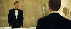 James Bond Style In Casino Royale - All 007 Suits,Gun,Watch