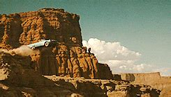 leaving thelma  louise gif find share  giphy