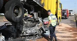 Accident De Voiture Mortel 77 : accident mortel sur l 39 a31 six heures de blocage entre metz et le luxembourg ~ Medecine-chirurgie-esthetiques.com Avis de Voitures