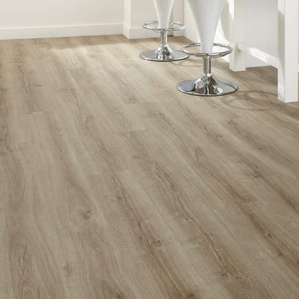 professional click fit light oak vinyl flooring howdens vinyl flooring howdens joinery