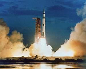 saturn-v-first-launch.jpg?1353017720