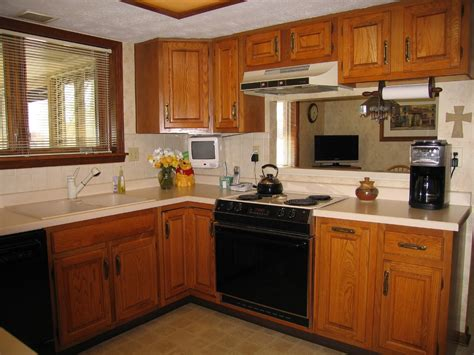 small kitchen paint colors with oak cabinets idea home kitchen color schemes with oak cabinets kitchen colors