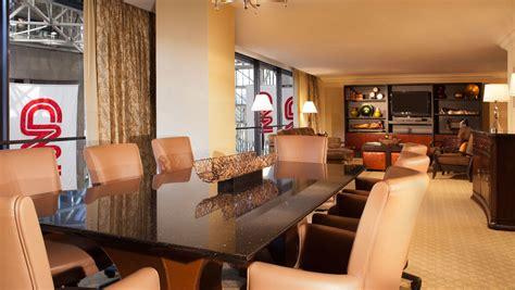 bedroom hotel suites  atlanta ga  information