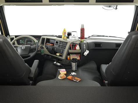 equipement interieur poid lourd 28 images cing car poids lourd iveco eurcargo int 233 rieur