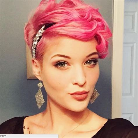 Fancy Pixie Hairstyle by 25 Best Ideas About Pixie Styles On