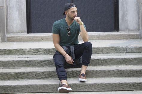 How Men Wear Jogger Pants This Fall