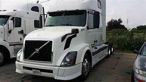 volvo big volvo vnl670 2005 sleeper semi trucks