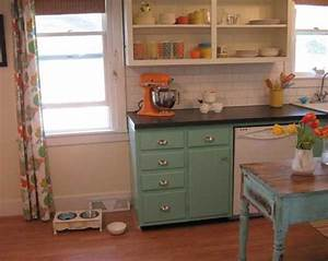 26 modern kitchen decor ideas in vintage style With kitchen cabinets lowes with orange and turquoise wall art
