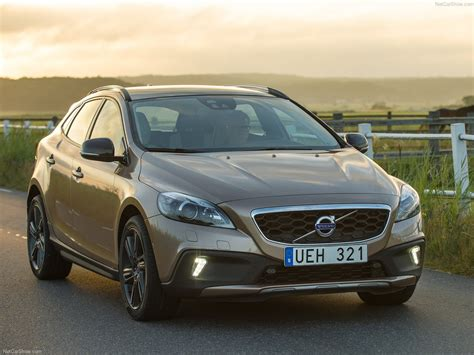 Volvo V40 Cross Country Hd Picture by Volvo V40 Cross Country 2014 Picture 2 Of 38 1280x960