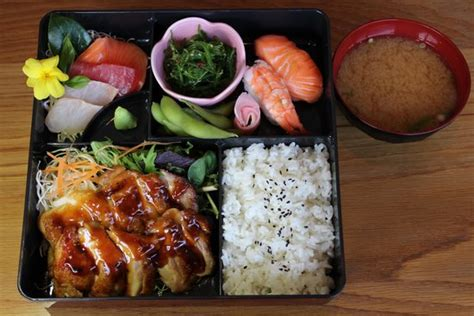 bento japanese cuisine bento box picture of tomi japanese restaurant