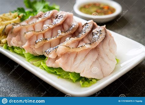 steamed dipping grouper spicy sauce fish