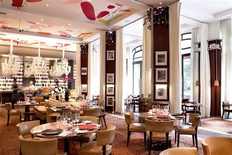 le royal monceau raffles luxury hotel in