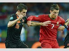 Cristiano Ronaldo versus Robin van Persie Who will