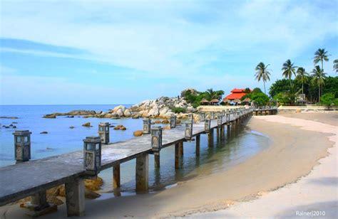 pantai cantik  eksotis  bangka belitung