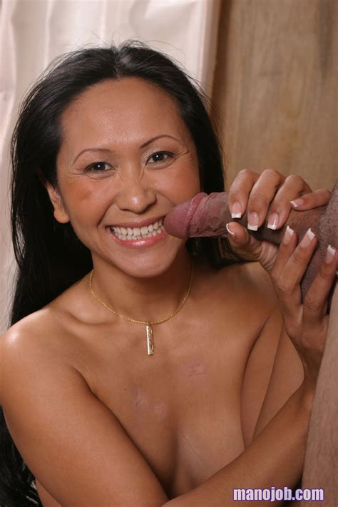 asian milf kitty langdon is worshipping the sticking dick and it explodes