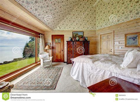 chambre spacieuse chambre à coucher spacieuse impressionnante photo libre de