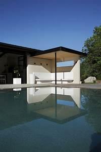 20 photos de beton cire de couleur et beton colore exterieur for Deco mur exterieur maison 16 20 photos de beton cire de couleur et beton colore exterieur