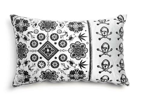 coussin rectangulaire en tissu pour canap 233 heritage 3 by moooi 169 design marcel wanders