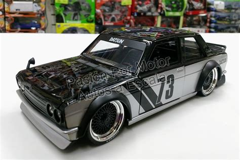 Datsun 510 Kit by 1 24 Datsun 510 Widebody 1973 Negro Nissan Display