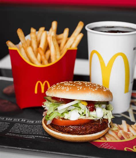mc cuisine mcdonald 39 s vegan burger exceeds sales expectations in sweden