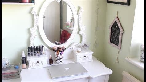 Small White Dressing Table With Drawers