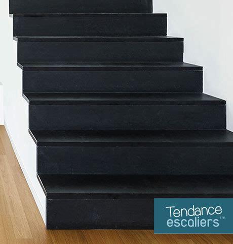 cuisine vieux bois relooker et peindre un meuble en bois parquet escalier