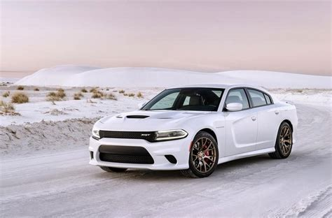 2015 Dodge Charger SRT Hellcat Isn't Your Average Four