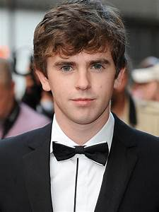 Freddie Highmore - Bing images