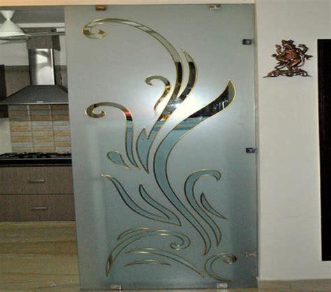 glass  glass fusion mirrors  glassware maurya
