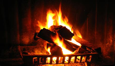 crackling fire pictures  pin  pinterest pinsdaddy