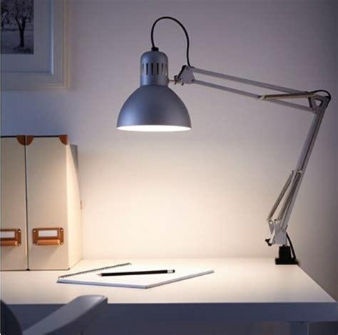 le led de bureau comment choisir votre le de bureau design alinéa leroy