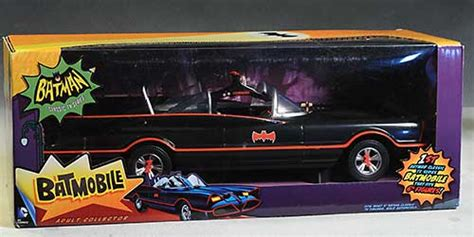 Review and photos of 1966 Batmobile action figure car by ...