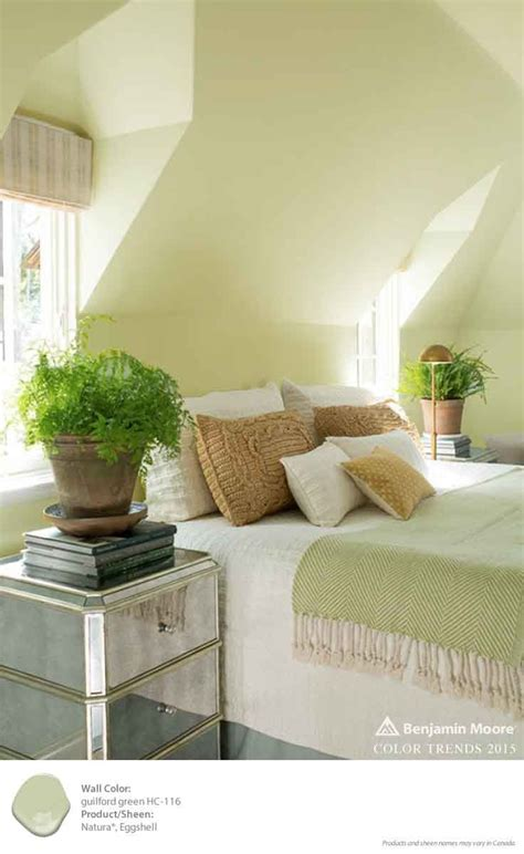 25 best ideas about green bedroom walls on