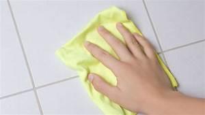 Nettoyer Des Joints De Carrelage : comment nettoyer les joints de carrelage c t maison ~ Melissatoandfro.com Idées de Décoration