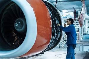 Aircraft Maintenance Tech Job Salary School Info Mpr