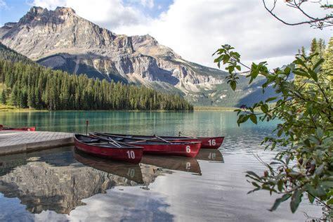 typisch Kanada(tourismus) Foto & Bild | see, berge, kanu ...
