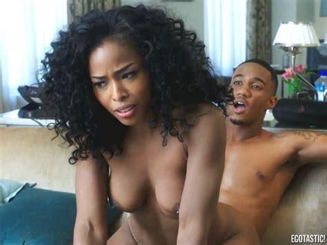 kamille leai from survivors naked black celebs leaked