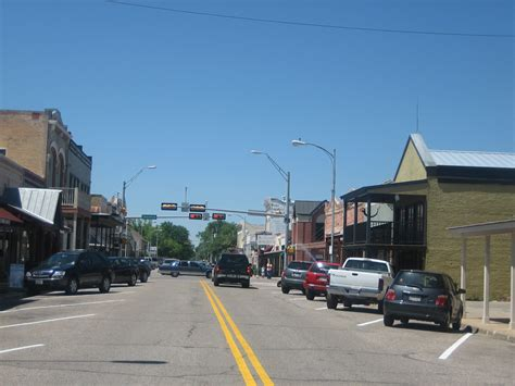 File:Downtown Bastrop, TX IMG 0507.JPG - Wikimedia Commons