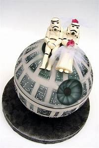 cutest death star wedding cake ever technabob With when may a wedding ring be worn when preparing food
