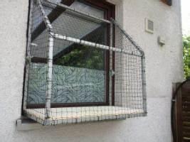 katzenbalkon fensterbalkon fur katzen katzenloggia in With katzennetz balkon mit özlem garden
