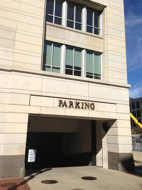 Parking Garages In Dc by Lot 84 Parking In Washington Parkme
