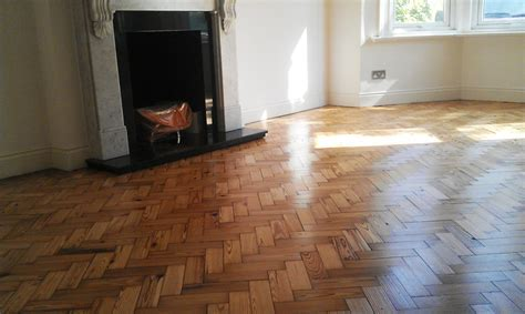 Parquet sanding and varnishing in North Kensington, W10
